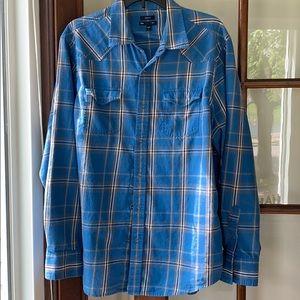 Men's Gap plaid shirt